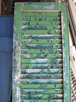 Chipped Paint Peeling Paint Shutter Caravatis